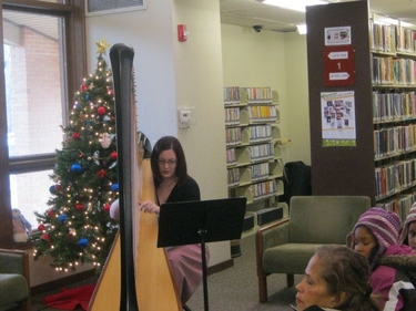 Kalamazoo Michigan Harpist for Christmas Parties