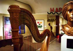 Elkhart Indiana Harpist for Christmas Parties