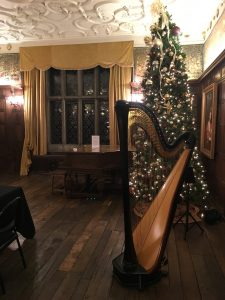 Iowa Harp Player for Christmas
